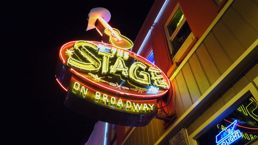 brodway : Stage on Broadway in Nashville - NASHVILLE, USA - JUNE 16, 2019