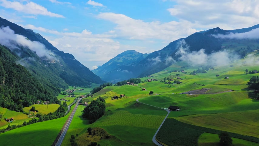 svájci : Beautiful Switzerland from above - the Swiss Alps Stock mozgókép