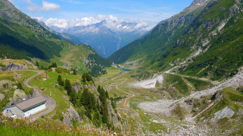 Швейцария : Amazing valley in the Swiss Alps - beautiful Switzerland Стоковые видеозаписи