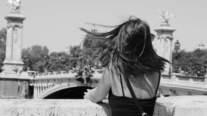 eiffel : French girl at River Seine in Paris Stock Footage