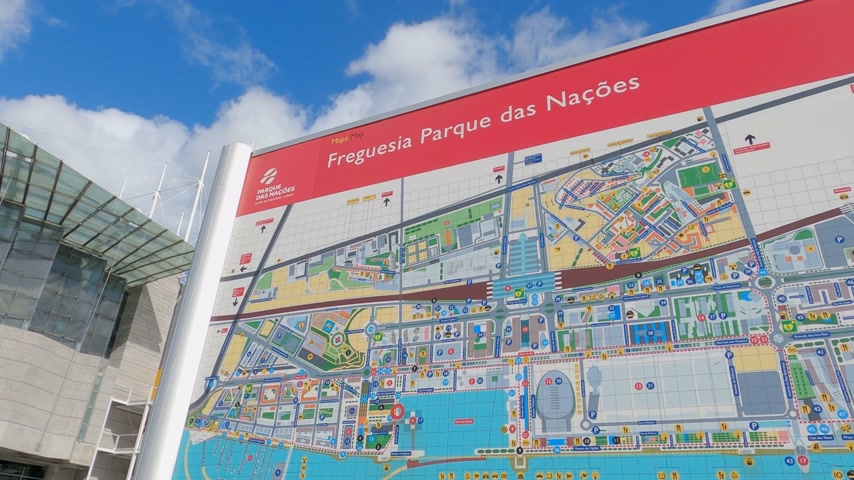 павильон : Map of park of Nations Expo district in Lisbon - CITY OF LISBON, PORTUGAL - NOVEMBER 5, 2019 Стоковые видеозаписи