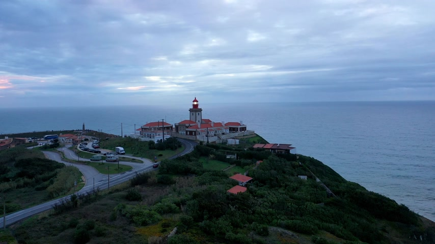 lizbona : Evening view over the lighthouse of Cabo da Roca in Portugal
