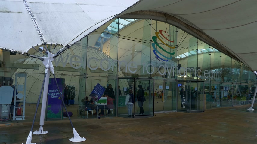 ilgi yeri : Dynamic Earth Exhibition in Edinburgh - EDINBURGH, SCOTLAND - JANUARY 10, 2020