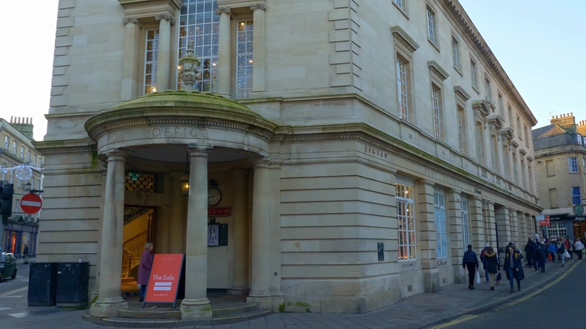 gürcü : Former Post Office of Bath England - BATH, ENGLAND - DECEMBER 30, 2019 Stok Video