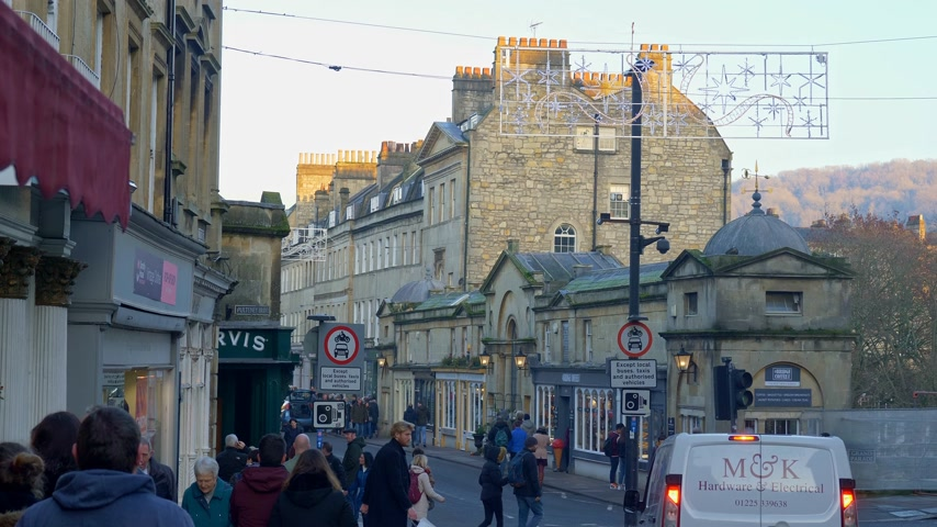 gürcü : Cityscapes of Bath England - BATH, ENGLAND - DECEMBER 30, 2019