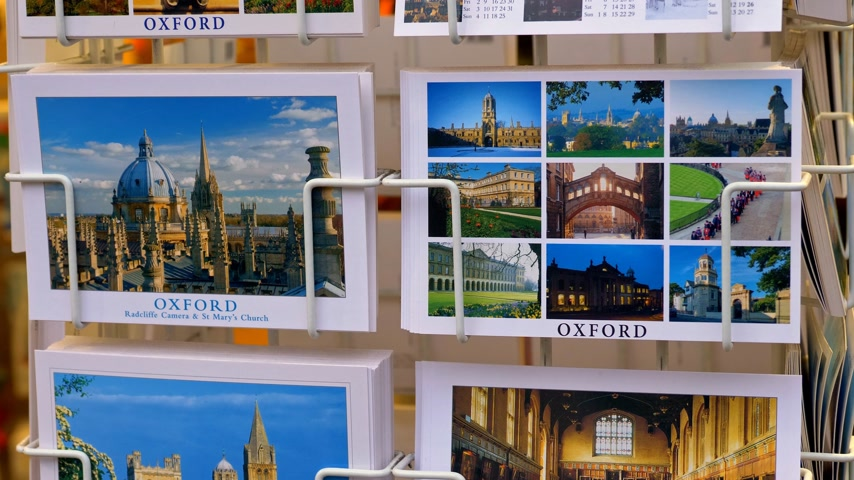 oxfordshire : Postcards of Oxford in a souvenir shop - OXFORD, ENGLAND - JANUARY 3, 2020