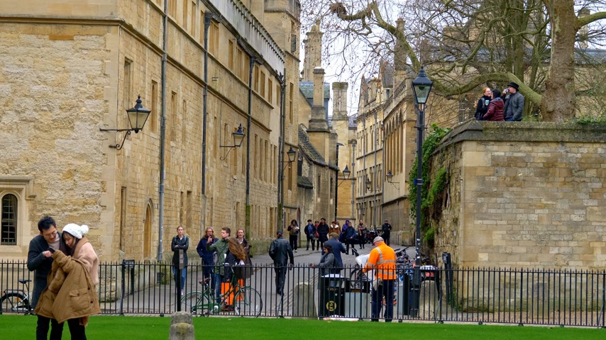 oxfordshire : Bodleian Library in Oxford England - OXFORD, ENGLAND - JANUARY 3, 2020