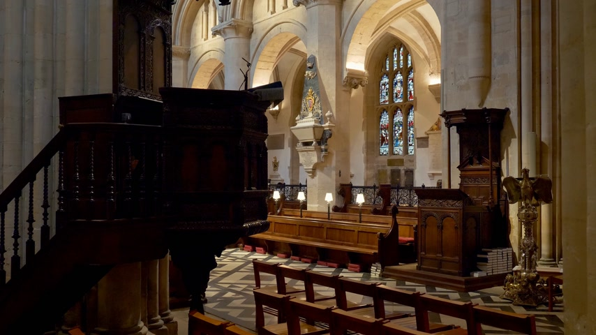 prestiž : Christ Church Cathedral in Oxford - OXFORD, ENGLAND - JANUARY 3, 2020