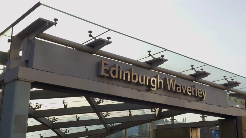 great britain : Edinburgh Waverly railway station - EDINBURGH, SCOTLAND - JANUARY 10, 2020