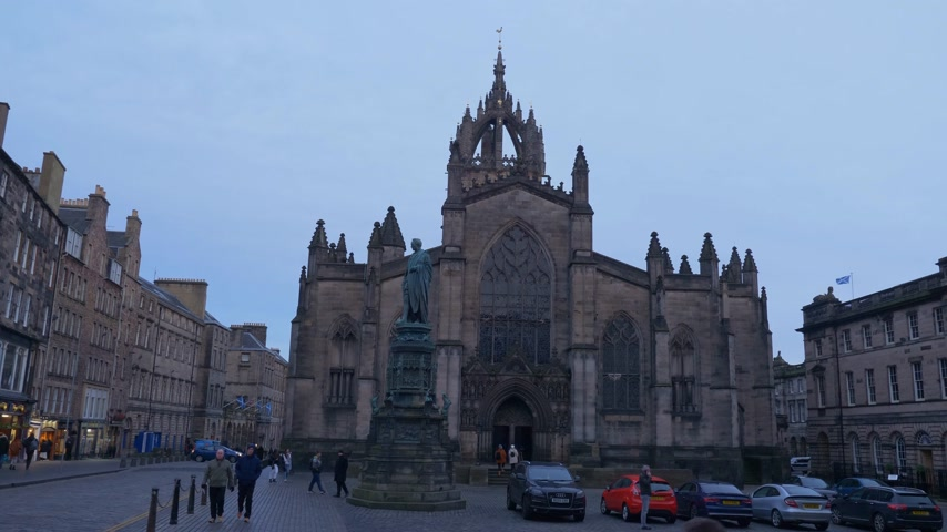local de interesse : St Giles Cathedral in Edinburgh - EDINBURGH, SCOTLAND - JANUARY 10, 2020 Stock Footage