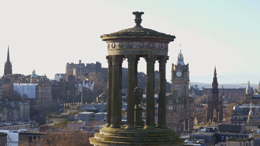 Panoramic view over Edinburgh from Calton Hill - EDINBURGH, SCOTLAND - JANUARY 10, 2020 Stock Footage
