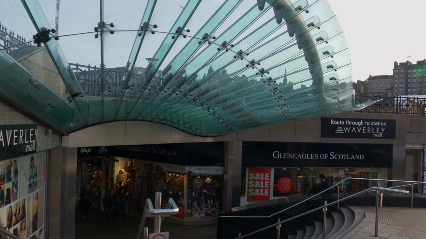 Entrance of Waverly station and Waverly Mall Edinburgh - EDINBURGH, SCOTLAND - JANUARY 10, 2020