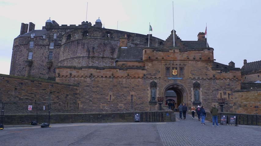 Edinburgh Castle on Castlehill in the historic district of Edinburgh - EDINBURGH, SCOTLAND - JANUARY 10, 2020 Stock Footage