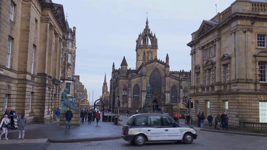 Edinburgh Street view in the historic district - EDINBURGH, SCOTLAND - JANUARY 10, 2020
