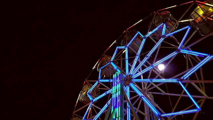 Thai ferris wheel at night market