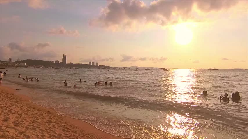 Walk on the beach at Pattaya beach Stock Footage
