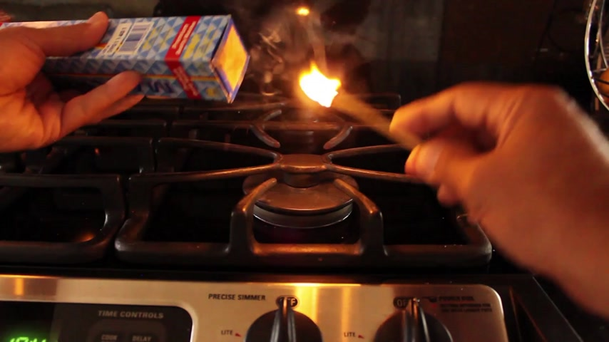 match : Stove Top Lighting of the Burner