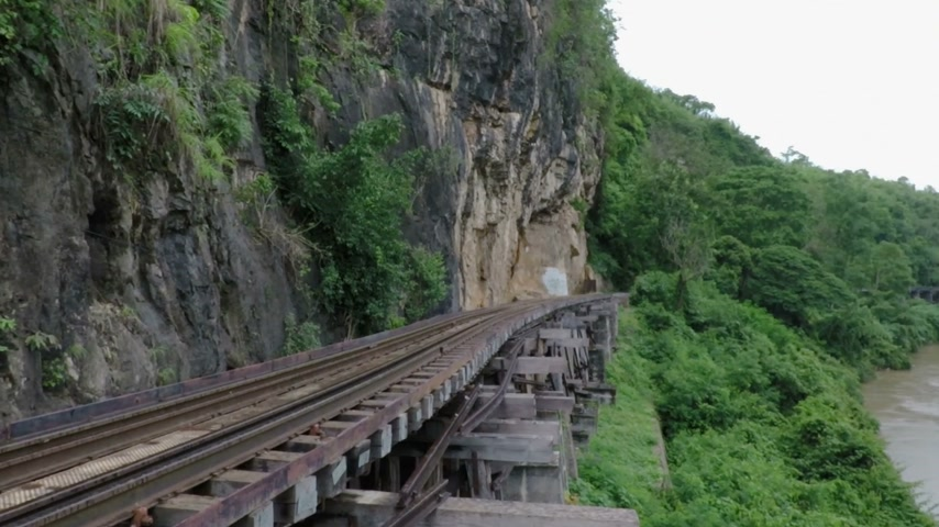 genuíno : View of landscape at burma railway Kanchanaburi thailand.