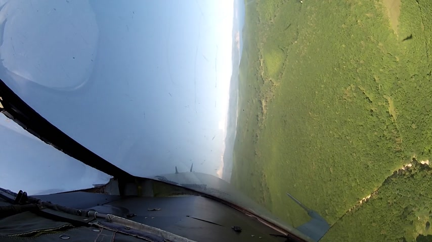 истребитель : Flight over land view from cockpit plane. Стоковые видеозаписи