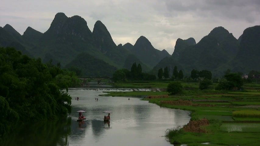 guangxi : Amaizing Yangshuo valley in China