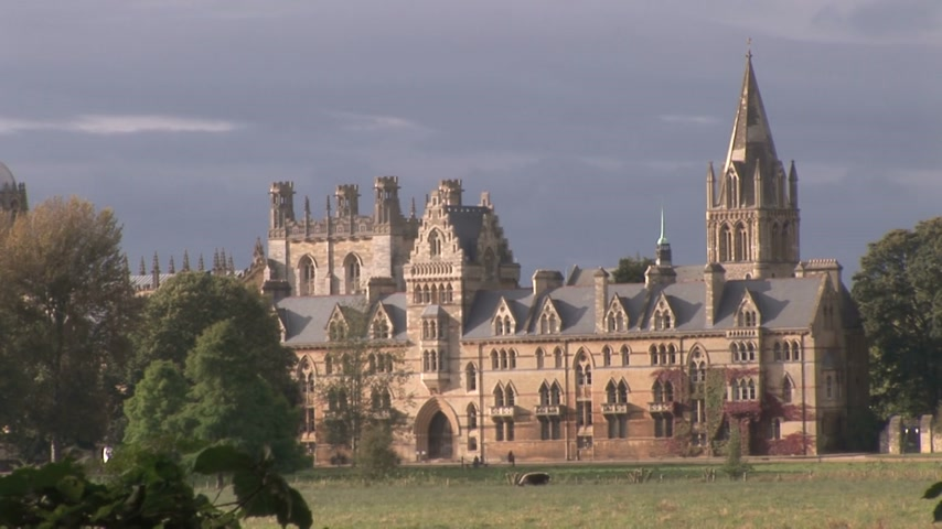 anglia : Christchurch College Oxford England 5 seconds timelapse pm summer Stock mozgókép