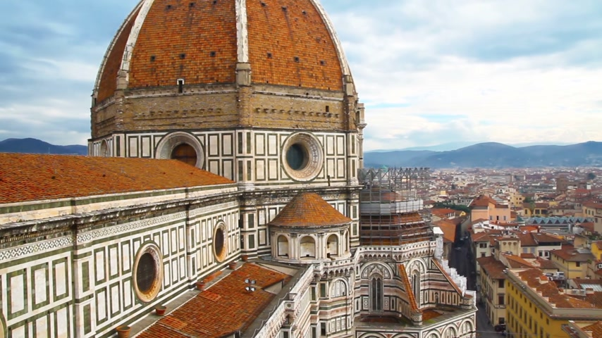 toskánsko : Beautiful Florentine landscape. Santa Maria del Fiore and the red roofs of Florence, Italy.