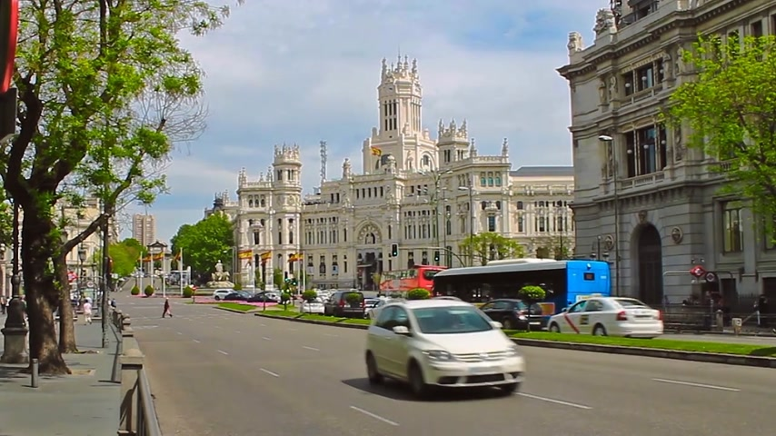 real madrid : Madrid, Spain - April 2018: Plaza de Cibeles Madrid Spain. Palacio De Comunicaciones Stock Footage