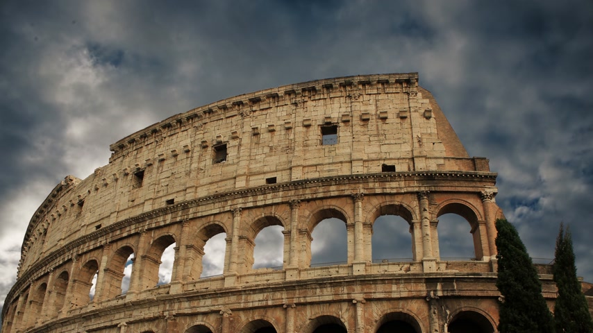 roma : building of the Colosseum in Rome close up Stock Footage