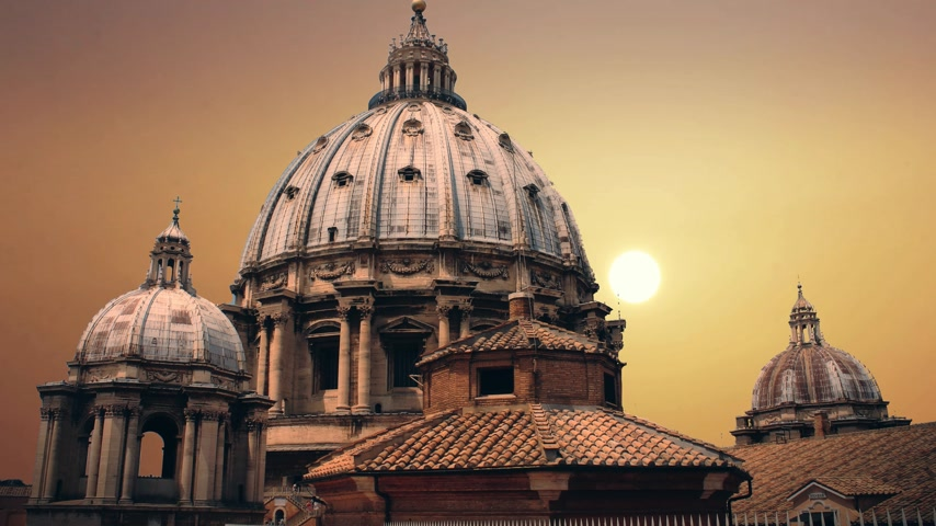 obra prima : The magnificent Cathedral of St. Peter in the Vatican Stock Footage