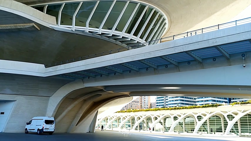autêntico : City of Arts and Sciences in Valencia, Spain