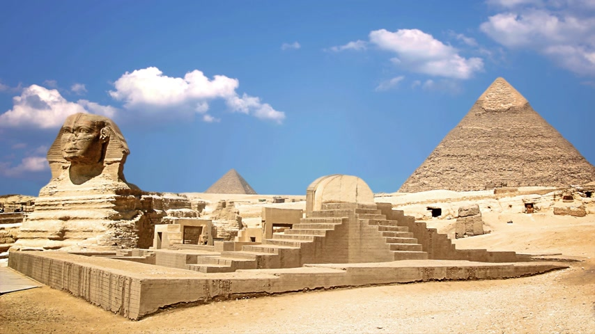 cara : Ancient sphinx and pyramids, symbol of Egypt