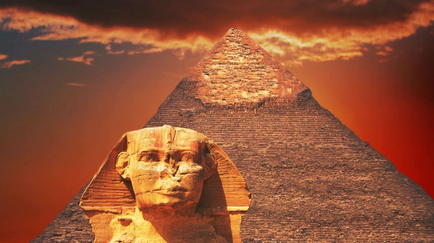 antikvitás : Ancient sphinx and pyramids, symbol of Egypt