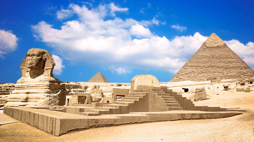 kahire : Ancient sphinx and pyramids, symbol of Egypt