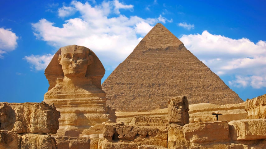 faraon : Ancient sphinx and pyramids, symbol of Egypt