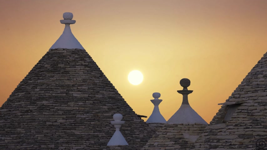 arkeolojik : The city of Alberobello, a commune in the province of Bari Italy Stok Video