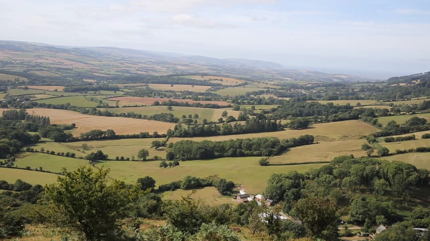 İngilizce : View from on the Quantock Hills Somerset England