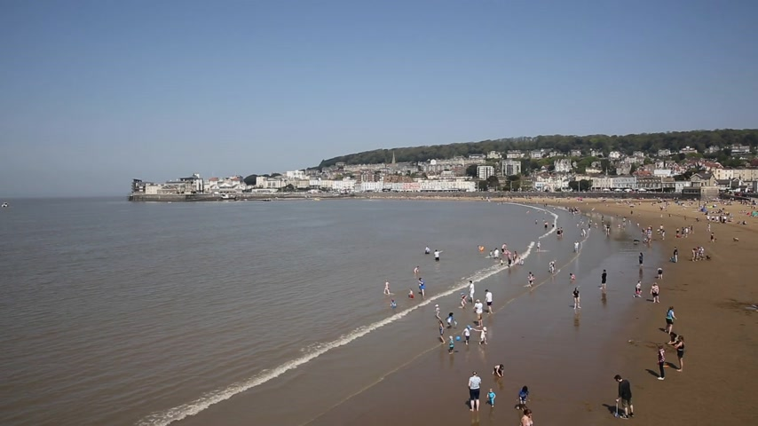 sand bank : Weston-super-mare beach busy with people in the sea on May bank holiday 2018