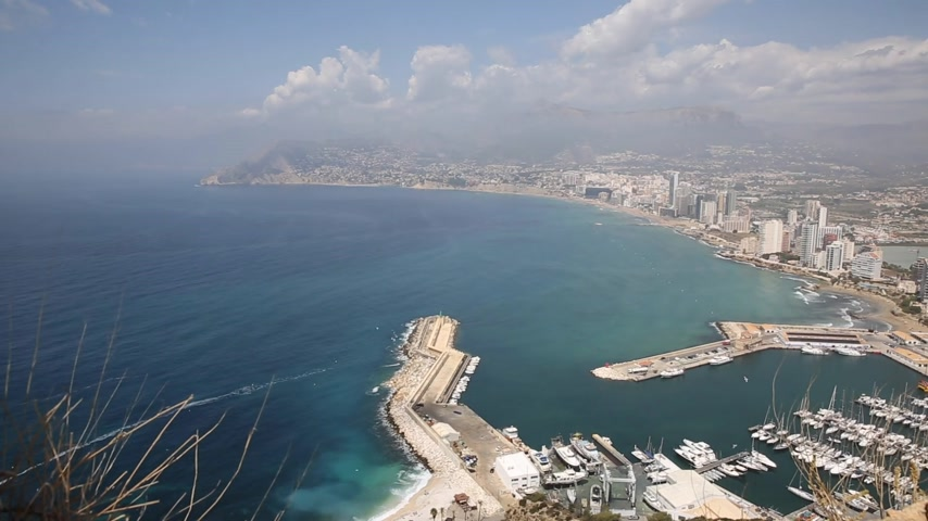 каталонский : Calpe Spain tourist town on the Costa Blanca with marina Стоковые видеозаписи
