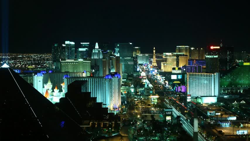 казино : Time lapse Las Vegas at night from high above