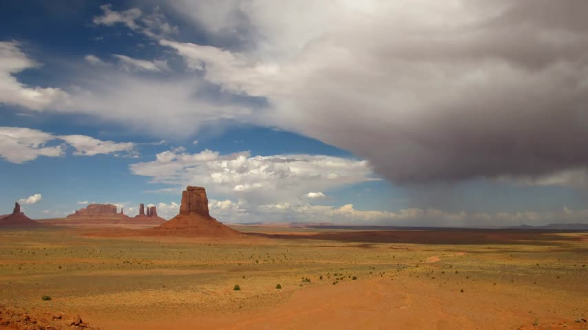 anıt : Time lapse Thunderstorm over Monument Valley