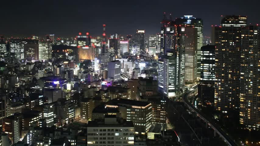 tokio : Time lapse Tokyo skyline at night. Traffic, lights, trains, skyscrapers. Wideo