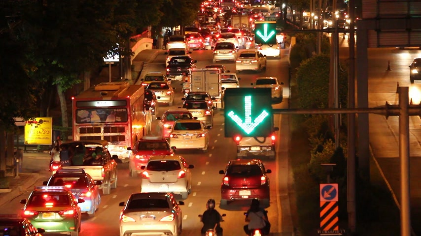 acil : traffic jam in city Stok Video