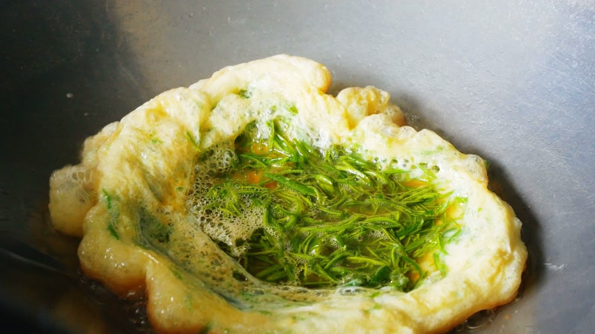 omlet : Omelette in the pan Stok Video