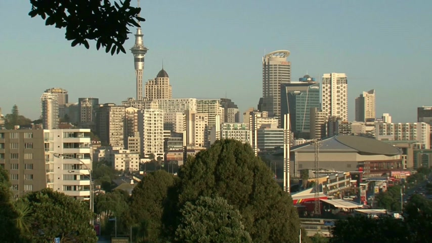 Új zéland : View from Parnell Rose gardens to Auckland city and central business district.