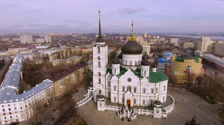 voronezh : Aerial shot of russian city - Voronezh. The Annunciation Cathedral. 4K