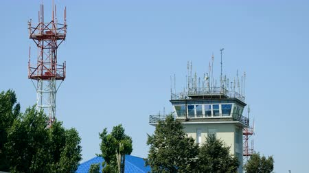 płot : Exterior view of air traffic control tower. 4K