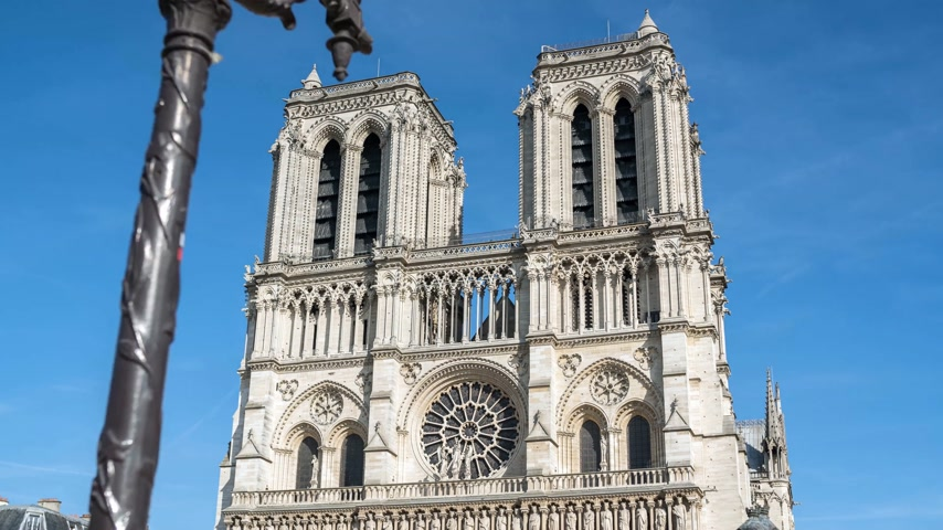 paris : Hyperlapse at the Notre-Dame de Paris Stock Footage