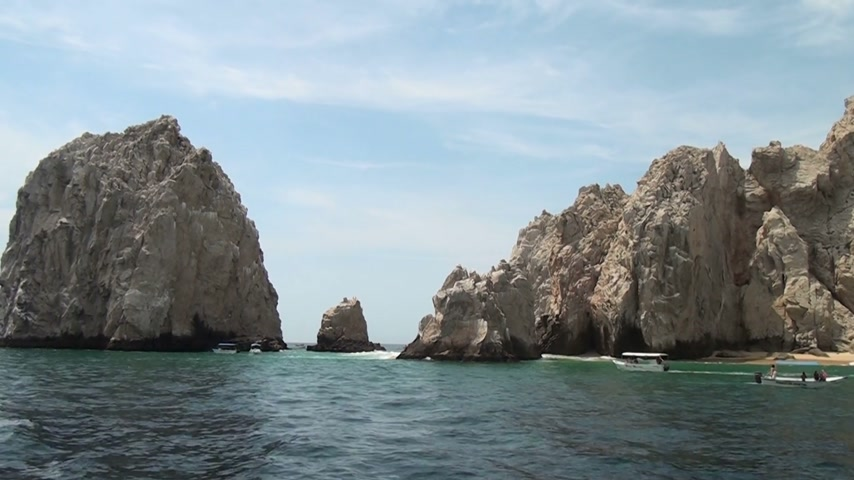 baja california sur : México - Cabo San Lucas - rocas y playas - El Arco de Cabo San Lucas - Travel Destination - Norte América Archivo de Video