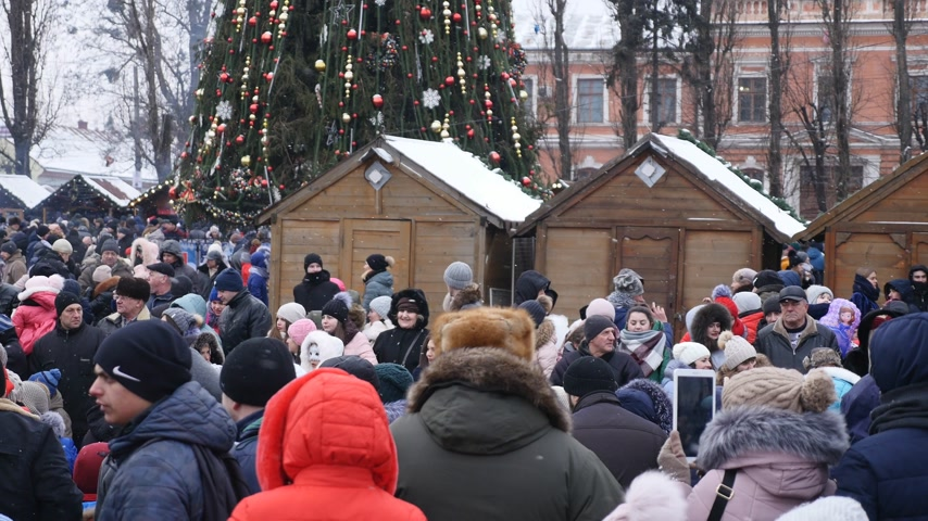 procession : Chernivtsi - Ukraine - January 15, 2018 The traditional annual days of Christmas folklore-ethnographic festival Malanka Fest 2018 n the Ukrainian city of Chernivtsi