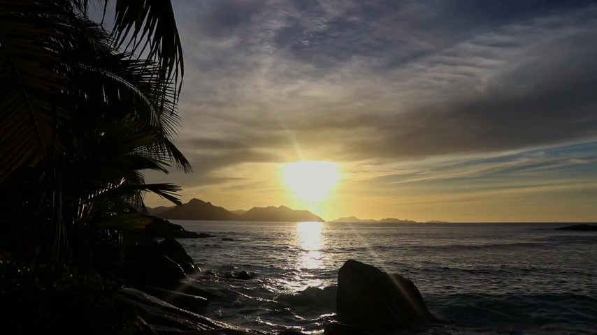 gránit : Time lapse of tropical sunset in the seychelles